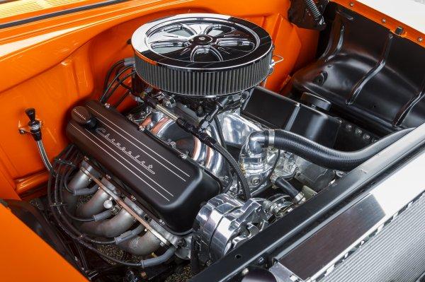 10-1955-chevy-engine-bay.jpg