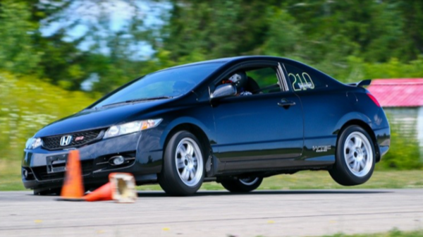 2010 Civic in 2019 Autocross.png