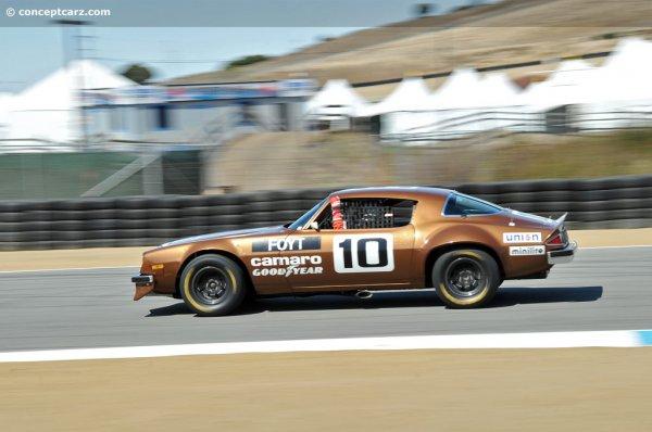 74-Chevy-Camaro-num10-DV-12-MH-01.jpg