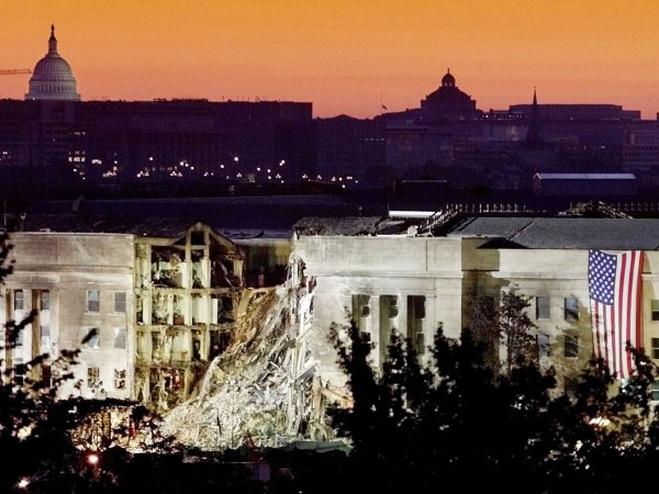 8 the-attacks-werent-limited-to-new-york-the-pentagon-also-took-a-hit--125-people-were-killed.jpg