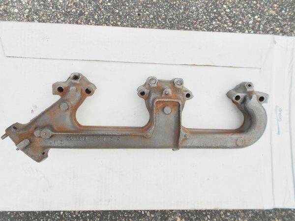 Exhaust Manifold 3959562 RH 7K w-A.I.R. holes - 1 of 10.jpg