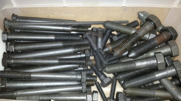 Fasteners.Clean.9 (Small).jpg
