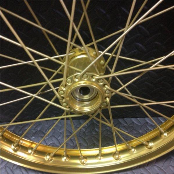 Gold Wheel Hub.JPG