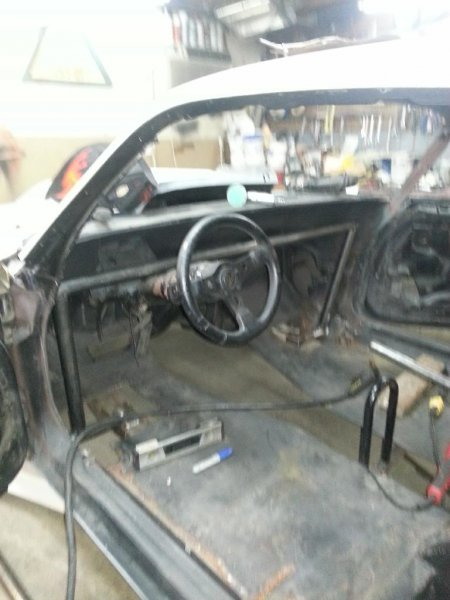 Roll cage front stand_zpsvdo7eqiu.jpg
