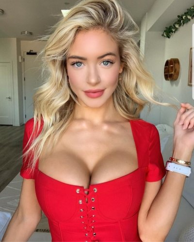 these-boobs-are-in-an-all-out-rebellion-against-the-clothes-that-bind-them-41-10.jpg