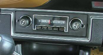 1977 RPO U63 AM radio