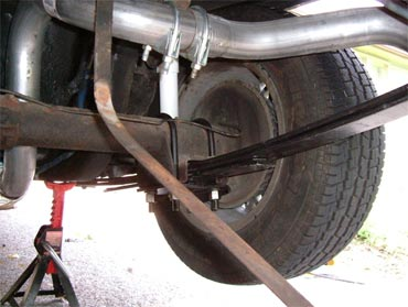How To Change The Rear Leaf Springs On Your Camaro