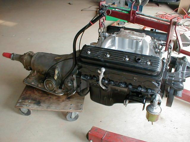 355 Vortec & 700R4 ready for installation